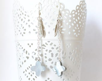 FLORA Flower Earrings Pearl Grey and silver feather