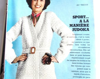 KNIT CROCHET vintage FASHIONS and NEEDLEWORK - April 1975 booklet
