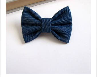 "hair bow ""clip - me"" blue jeans"