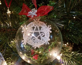 White Snowflakes & Holly Pentacle Glass Yule Tree Ornament