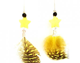 """Sunny Feathers"" Earrings: speckled feathers and yellow stars."