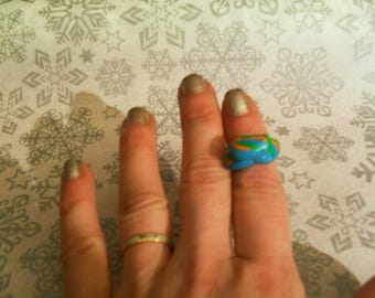 beautiful original and adjustable ring Fimo green, orange and blue