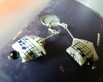 Earrings origami star paper recycled music