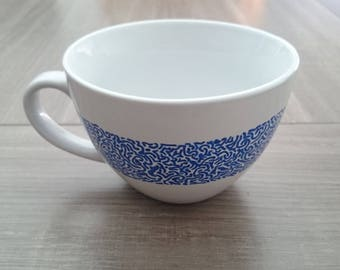 Arabesque hand painted mug