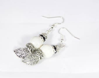 Beautiful earrings with stone bead and silver metal, 73 mm