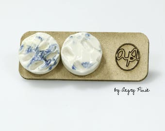 Round Stud Earrings in blue and white ceramic