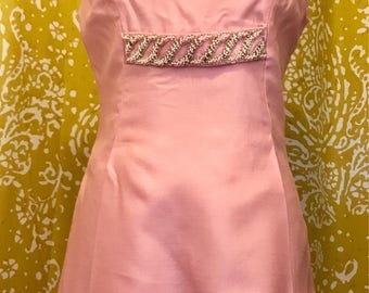 Perfect pink 60s party dress