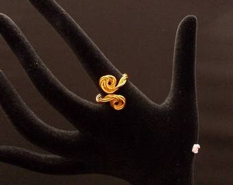 aluminum colored wire ring