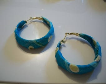 Earrings in blue and green fabrics