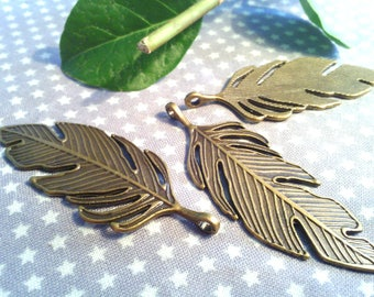 "Beautiful pendant ""Feather"" ribbed metal bronze, 62 X 23 mm"
