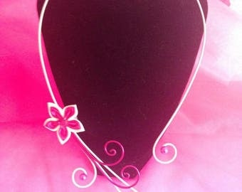 Necklace white and pink with white satin flower and pink