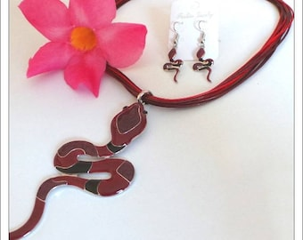 Ornament pendant necklace red Snake earrings