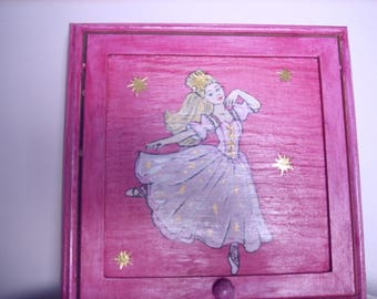 Pink little Princess jewelry box.