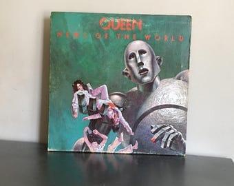 "Vintage 1977 Queen News Of The World 12"" LP Vinyl Record W/ Case Art"