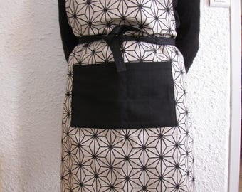 Geometric fabric apron with Pocket