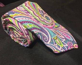 Kaleidoscope tie