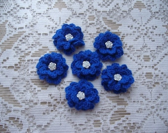 Set of 6 hand-made flowers crocheted blue wool - white pearls