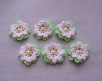 Set of 6 crochet flowers made wool pale green, pink and yellow straw - 2 rows of 8 petals and 1 Pearl