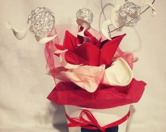 Composition Valentine flower balloons