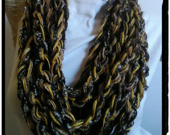 Necklace scarf, wool Boucle lurex, velvet and jewel