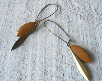 Bronze earring, caramel brown enamel sequin