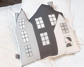 Cushion House polka dots