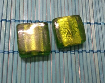 large green square murano glass bead 2 x 2 cm