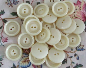 Set of 10 buttons ecru sewing 2 hole - 21mm
