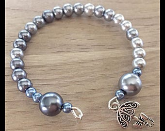 "Bracelet ""Storm"" memory of shaped glass beads"