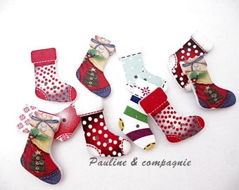 20 assorted patterns Christmas boots wooden buttons