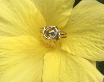 Gold-Stoned Ring