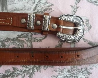Dark brown leather with buckle belt and passing Vintage