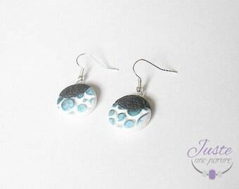 Dangling earrings bubbles blue polymer clay, two-tone