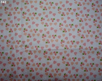 Fabric C742 little hearts and cherries on pink coupon 35x50cm