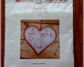 Kit embroidery traditional Christmas heart