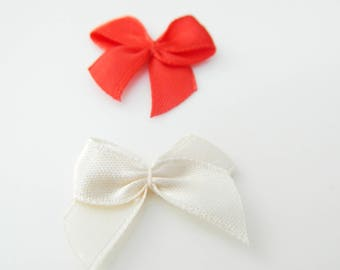 Red and white fabric bow 25mm x 2 (25)