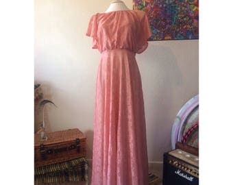 True Vintage 70s Sheer Pink Lace Floaty Maxi Dress Size 8 - Boho - Hippie - Gypsy