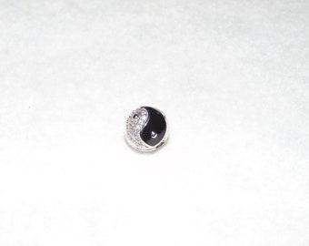 ying and yang ball