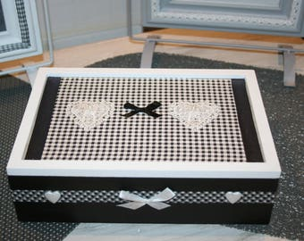 box for tea or jewelry, letters, black and white hearts modern