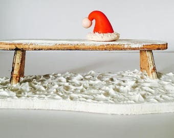 Christmas table decoration, Santa Claus omissions are hat.