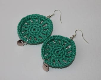 Mint earrings and silver metal crochet