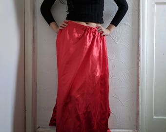 Guardian Skirt (Red)