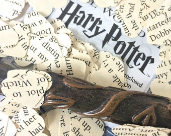 Valentinesday 100 Handcut Harry Potter paper heart shaped upcycled confetti //English Party Table Decoration Birthday Magic Hogwarts Wedding