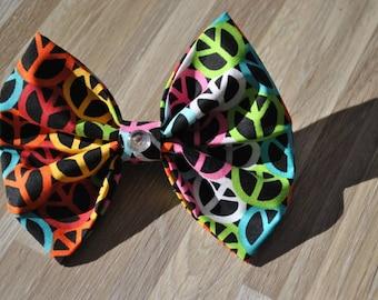 Peace sign hair bow/ rainbow hair bow/ fabric bowtie hair bows/ rainbow peace sign hair bow/ rainbow fabric hair bow/ peace sign fabric bow