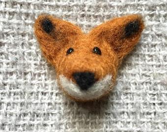 needle felted fox brooch / push pin