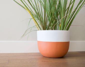 Matte Terracotta Planter | Pot | Indoor & Outdoor Modern Lightweight Hand Painted Planters | Large Planter | Minimalist Shape | Plant Pot