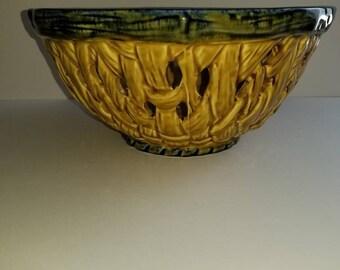 Vintage basket weave ceramic fruit  bowl