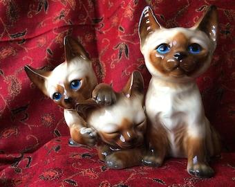 Facing Ceramic Cat Pair