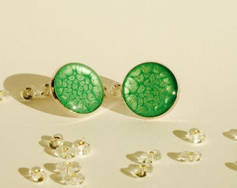 Simple Stud Earrings green cells