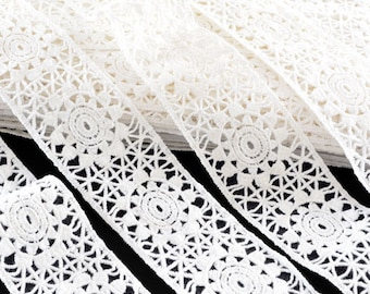 1.6 M edge cotton guipure lace ecru 4.5 cm